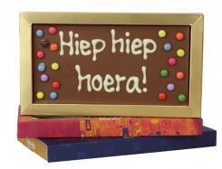 Chocoladereep met tekst: Hiep hiep hoera!